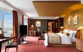 Nice inexpensive hotel room